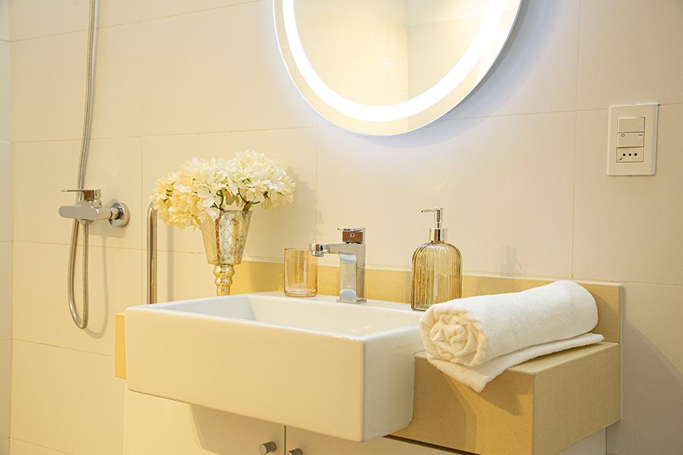 foto basilea suites baños