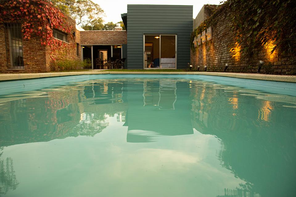foto basilea suites piscina