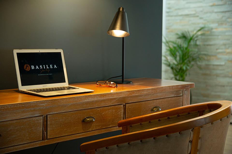 basilea suites servicios escritorio