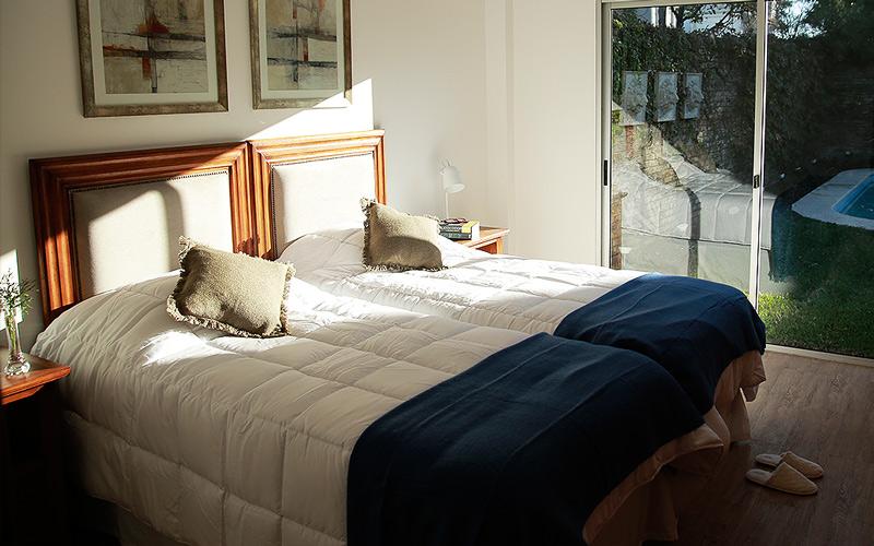 foto basilea suites domitorios